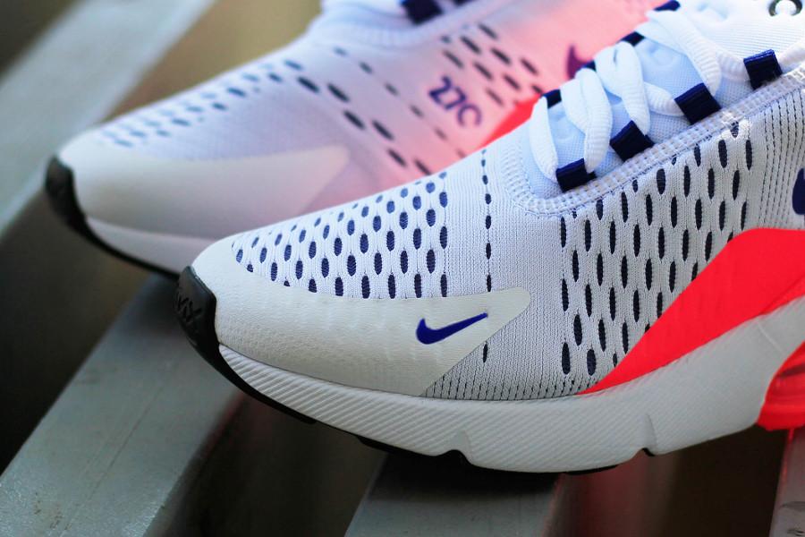 basket-nike-wmns-air-max-270-blanche-bleue-rouge-solaire-AH6789-101 (3)