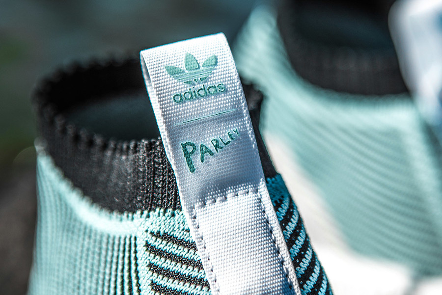 basket-parley-for-the-oceans-adidas-nmd-cs1-en-plastique-primeknit-recyclé-bleu-ciel (1)