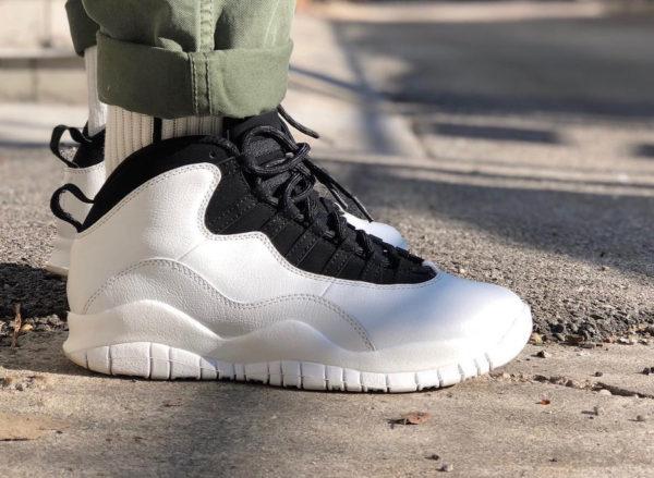 chaussure-air-jordan-10-im-black-black-summit-white-on-feet (1)