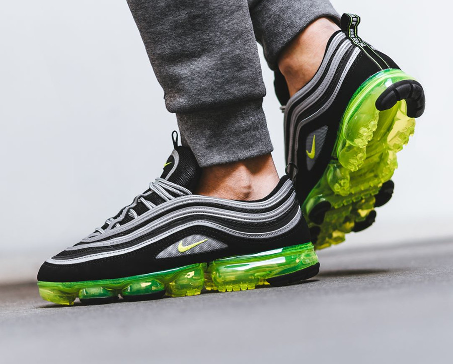 Cobertizo ladrón costilla  Buy Cheap Nike Air Vapormax 97 Running Shoes Fake Sale 2020