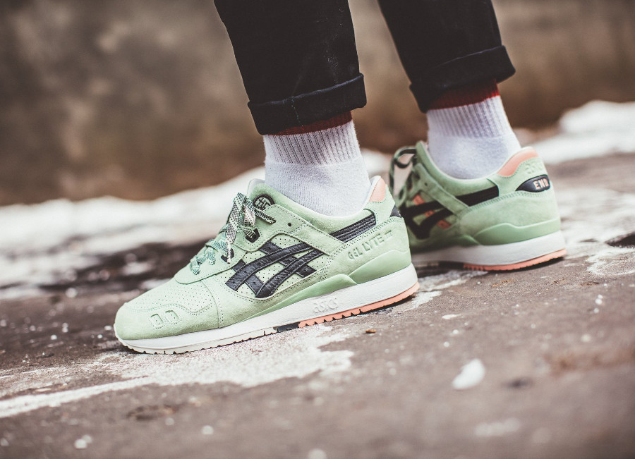 Endclothing x Asics Gel Lyte 3 Wasabi Green Gecko (suède vert) on feet