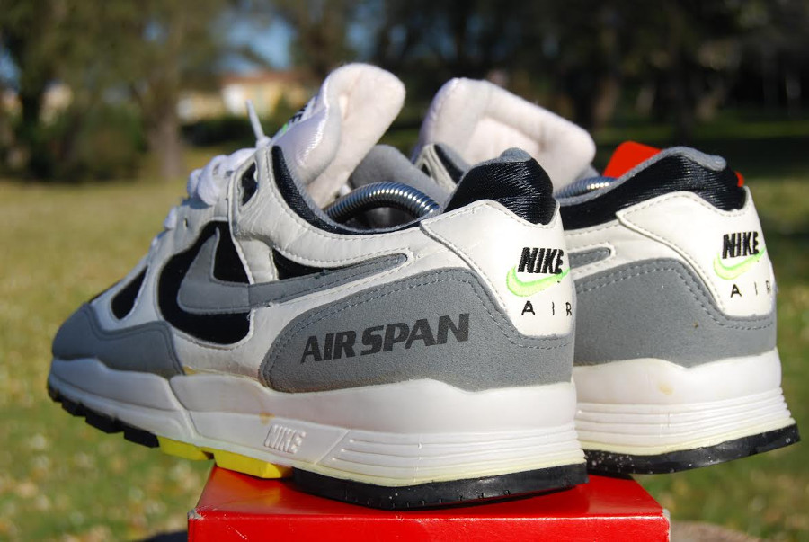 ed7bdaf6e23cb Guide des achats : la Nike Air Span 2 OG White Dust Volt