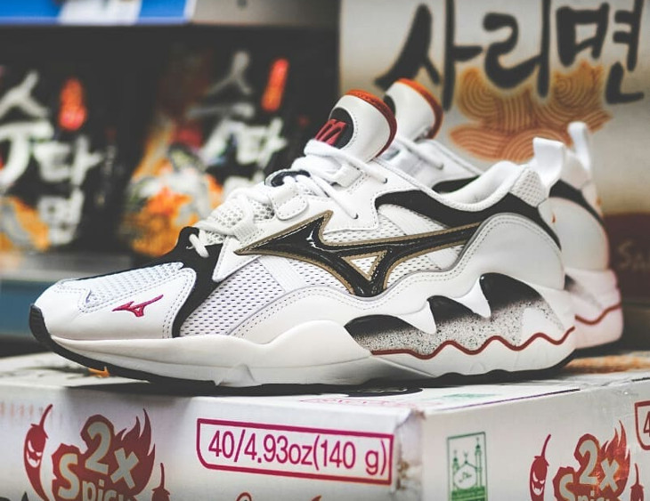 Mizuno Wave Rider 1 OG 'White Black Chinese Red'