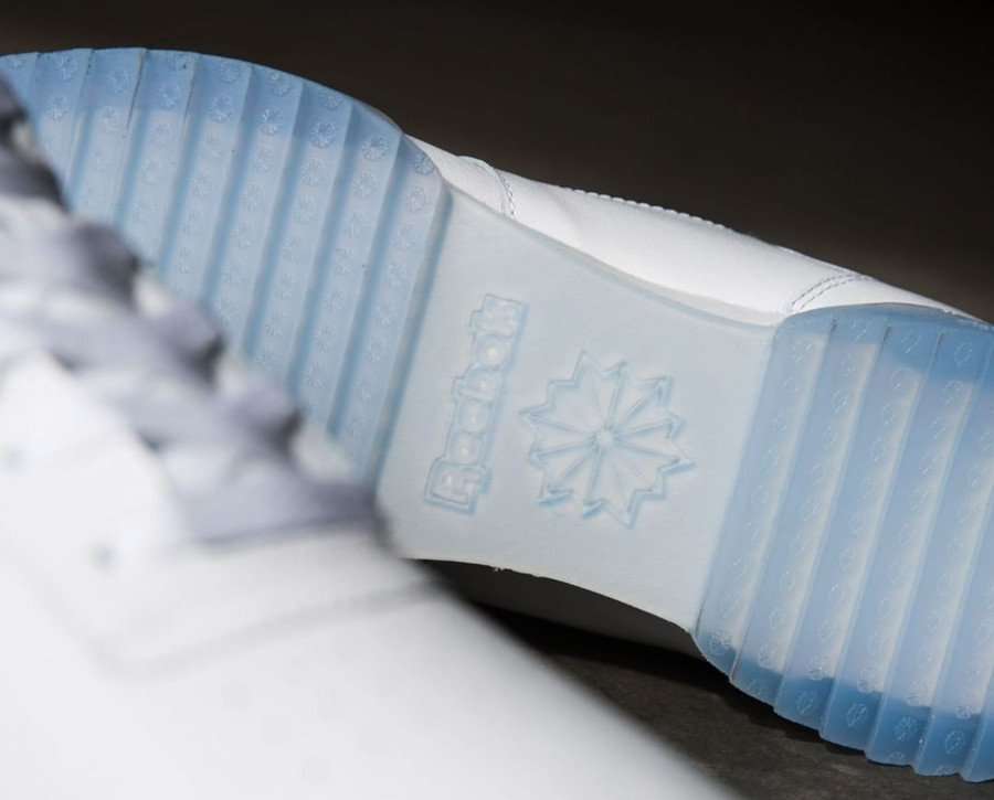 reebok-workout-clean-ripple-ice-White-Acid Blue-Ice (2)