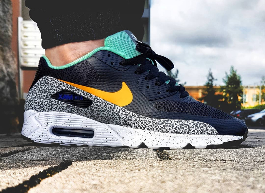 2016 - Nike Air Max 90 Ultra Essential Safari Enamel Green - @kollege_schnuerschuh92
