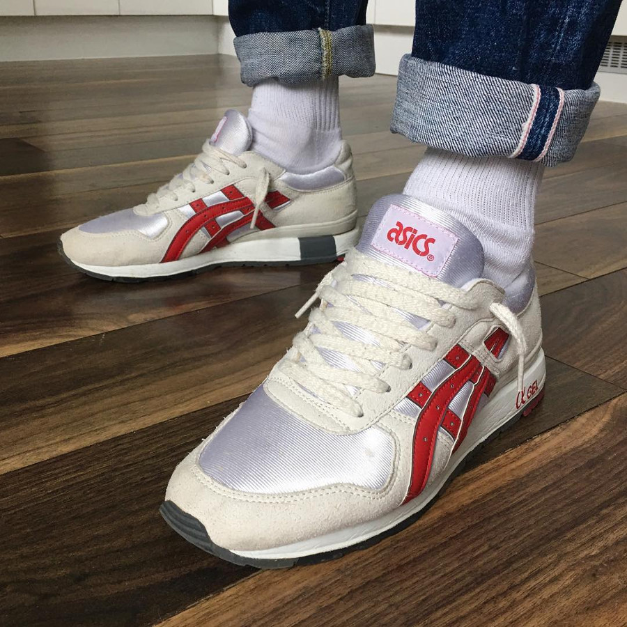 Asics GT II Off White Red - @jaebrown_dublintown