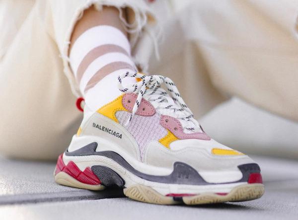 La Balenciaga Triple S : comment la chunky sneaker est-elle devenue la reine des ugly shoes ?