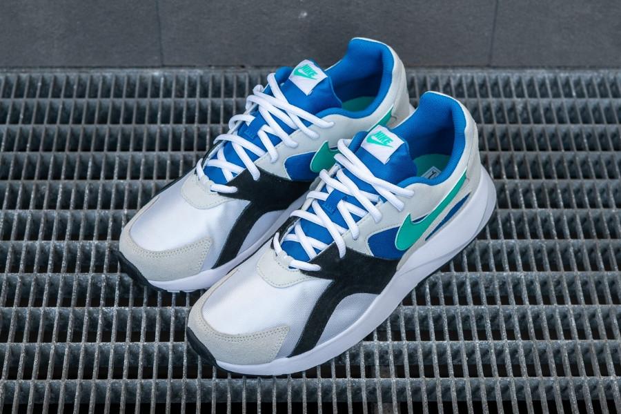 Basket Nike Pantheos blanche suède gris Swoosh bleu turquoise (4)