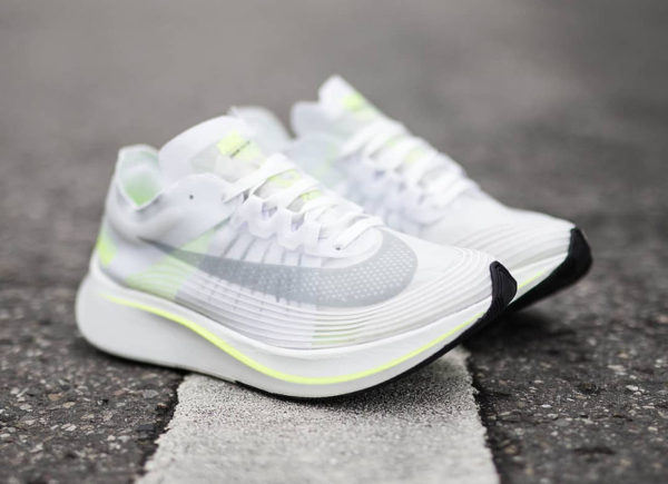 Chaussure Nike Zoom Fly SP Volt Glow (blanche fluo)
