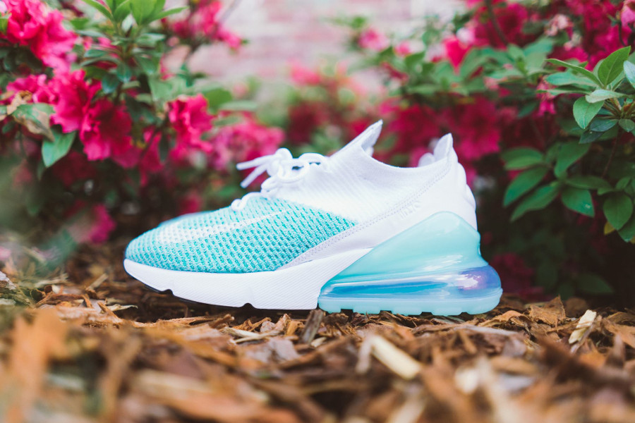 Nike Wmns Air Max 270 Flyknit 'Igloo White Clear Emerald'