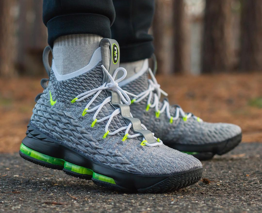 Nike Lebron 15 Neon on feet - @huggs1028