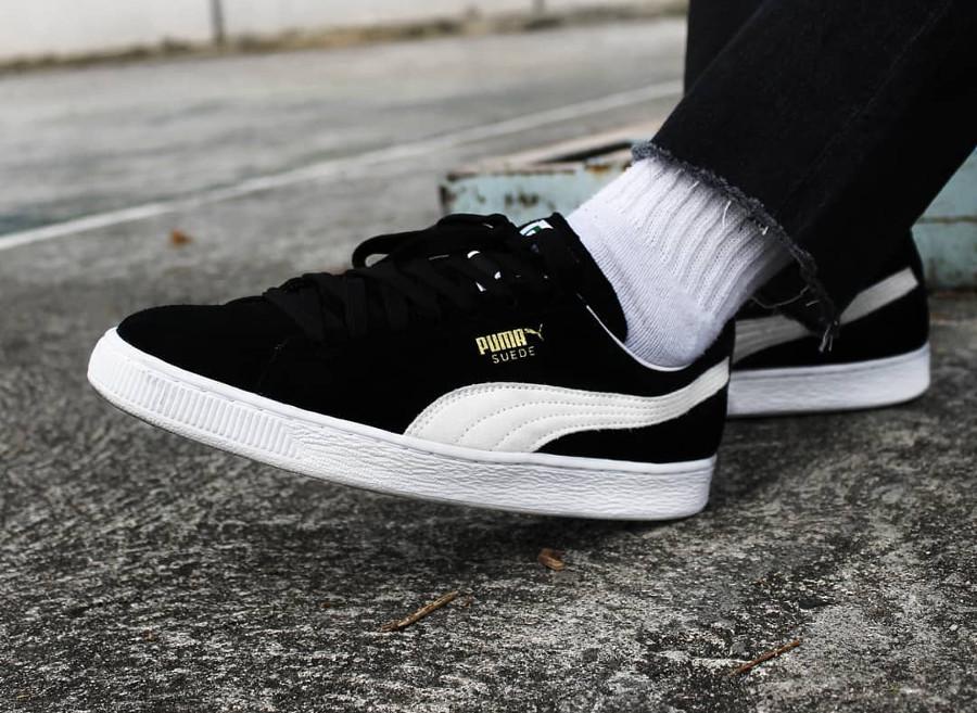 Puma Suede Black on feet- @chapatos_