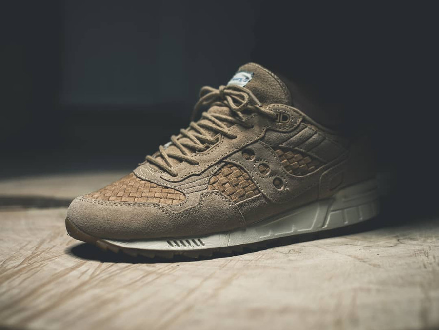 Saucony Shadow 5000 Woven on feet - @eiertyp