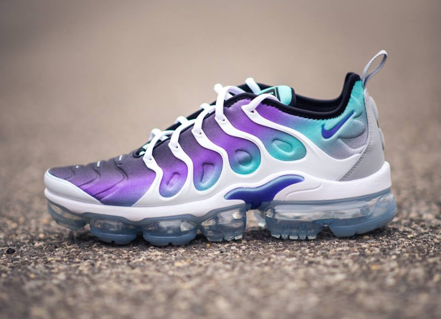 aperçu basket Nike Air Vapormax Plus Fierce Purple Aurora Green (2)
