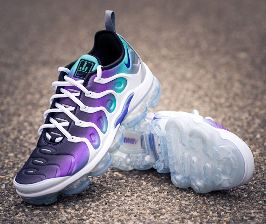aperçu basket Nike Air Vapormax Plus Fierce Purple Aurora Green (3)
