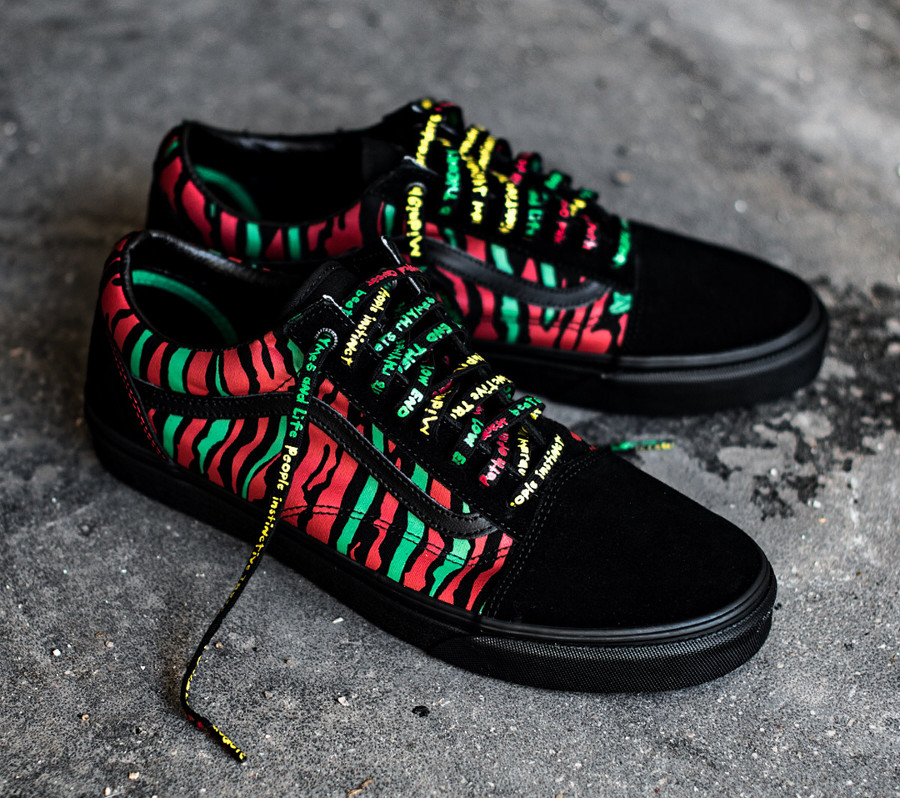 Chaussure A Tribe Called Quest Vans Old Skool The Anthology on feet