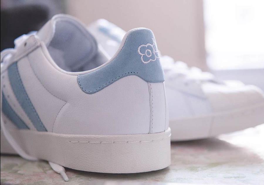 basket-krooked-skate-adidas-superstar-blanche-bleu-ciel-broderie-pétales-de-fleur-AC8419 (1)