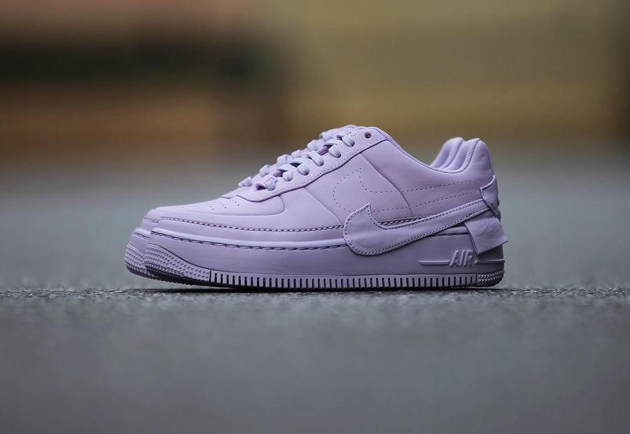 basket-nike-af1-jester-xx-femme-violet-pastel-AO1220-500 (1)