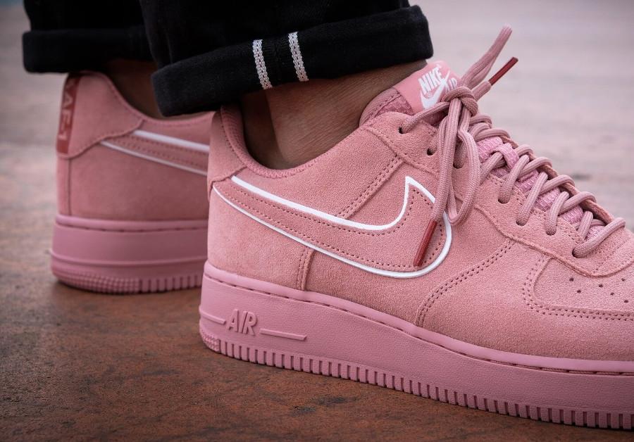 Avis] Où acheter la Nike Air Force 1 '07 LV8 Suede Rose Red