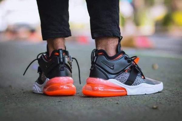 basket-nike-air-force-270-mi-montante-noire-orange-imprimé-autruche-on-feet-AH6772-004 (4)