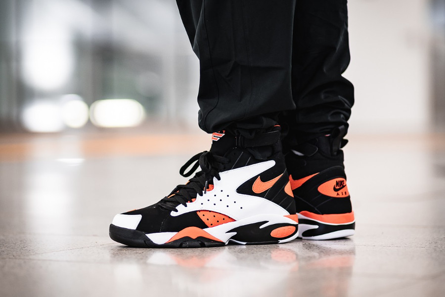 Guide des achats : Nike Air Maestro II LTD 'White Rush Orange'