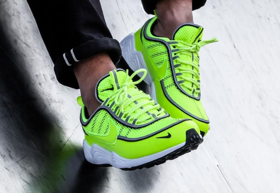 basket-nike-air-spiridon-2016-vert-jaune-fluo-bandes-réfléchissantes-926955-700 (3)