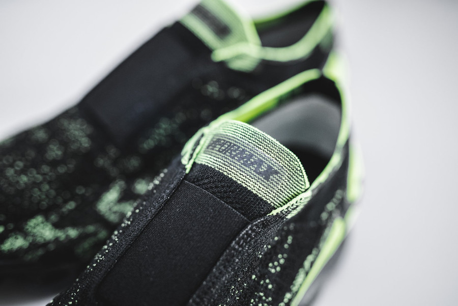basket-nike-air-vapormax-moc-2-fk-camo-noir-vert-fluo-AQ0996-007 (1)