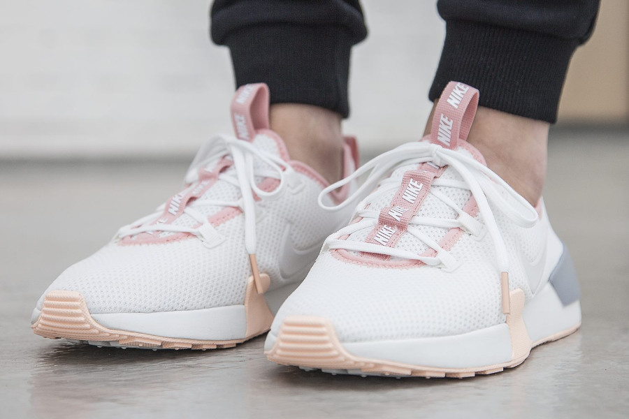 Nike Wmns Ashin Modern Run 'Summit White'