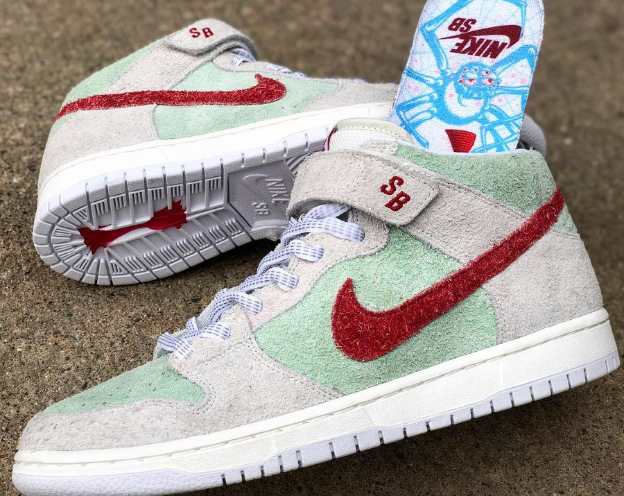basket-nike-dunk-mid-pro-sb-hairy-suede-gris-vert-menthe-rouge-AQ2207-163 (2)