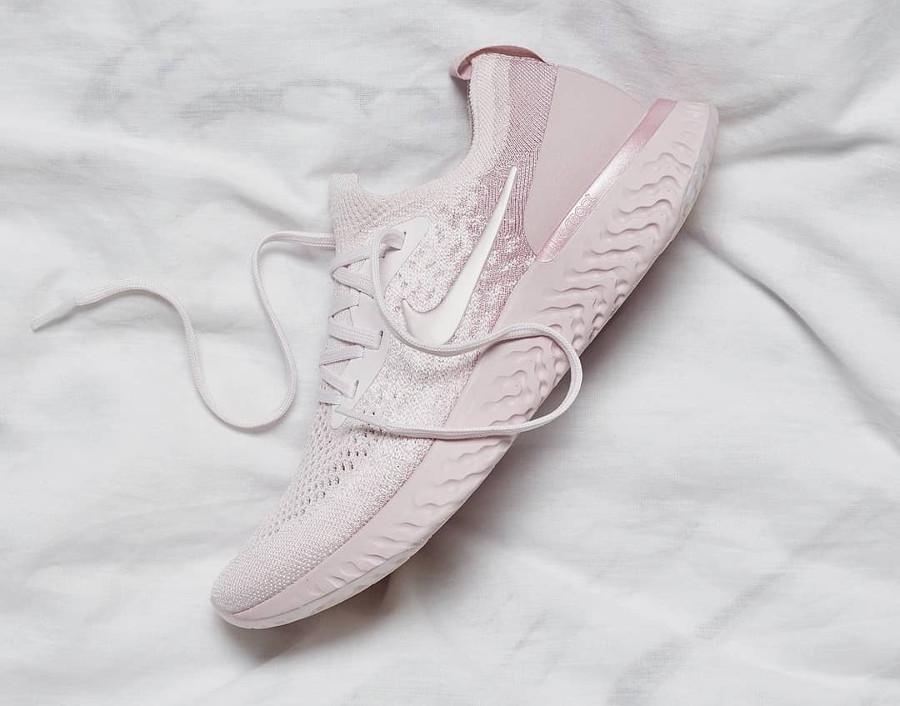 basket-nike-epic-react-flyknit-monochrome-dégradé-rose