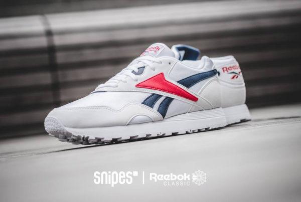Reebok Rapide OG SU blanche (Vector bleu et rouge)