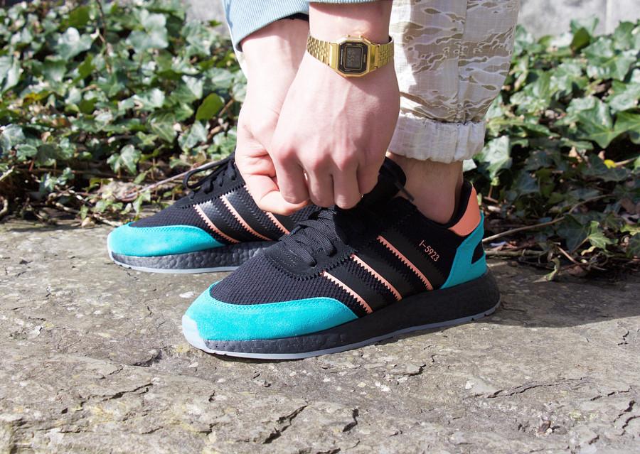 basket-size-adidas-i-5923-noire-rose-turquoise-on-feet (1)