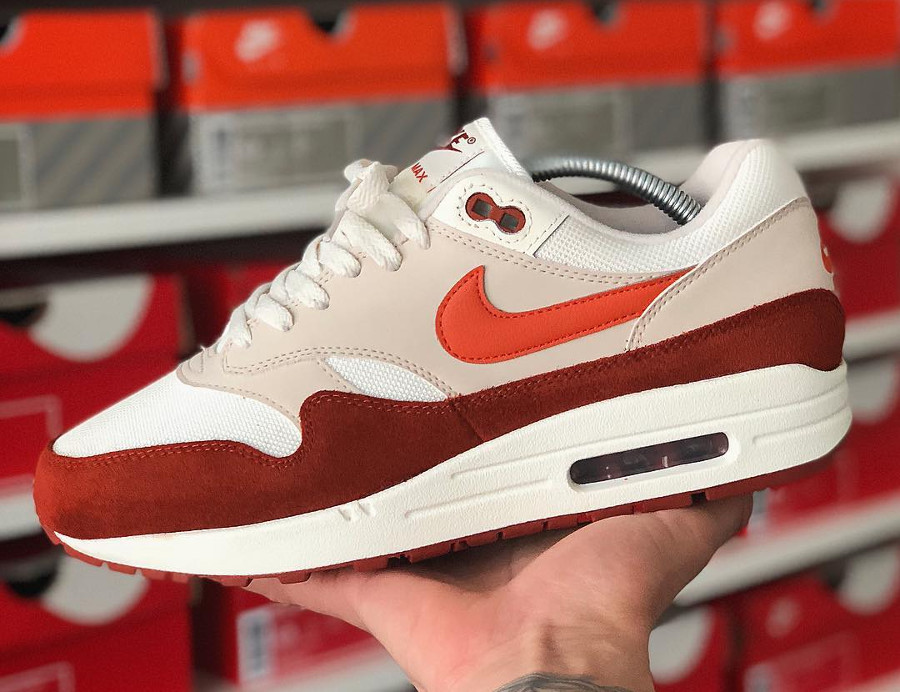 nike-air-max-1-mars-stone-vintage-coral-homme-sortie-mai-2018 (1)