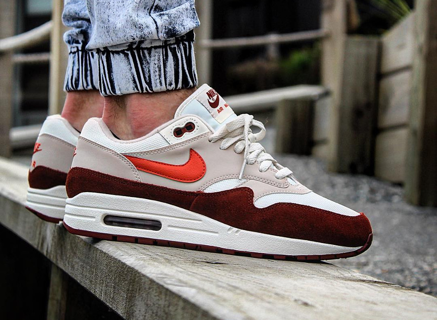 nike-air-max-1-mars-stone-vintage-coral-homme-sortie-mai-2018 (2)