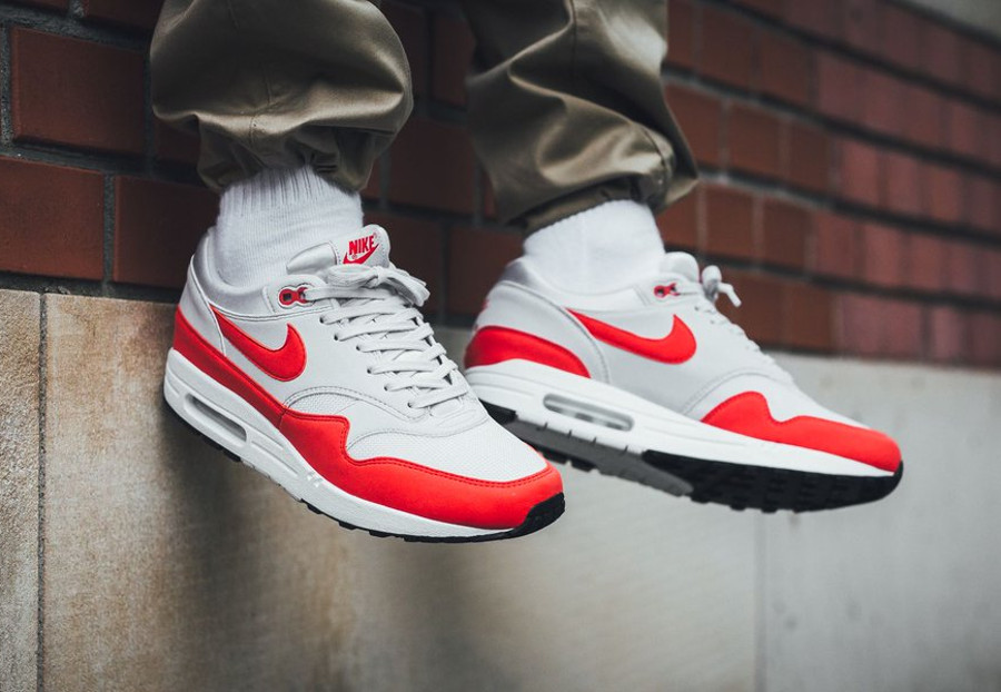 nike-air-max-87-fille-habanero-red-vast-grey-sortie-mai-2018 (4-1)