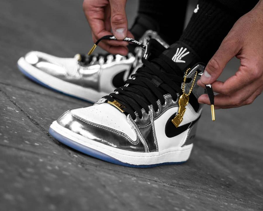 Air-Jordan-1-High-Pass-The-Torch-on-feet-@yanni.moto_
