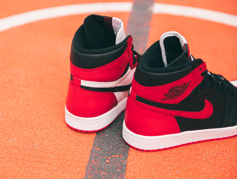 basket-air-jordan-1-split-chicago-bulls-x-banned-bred (5)