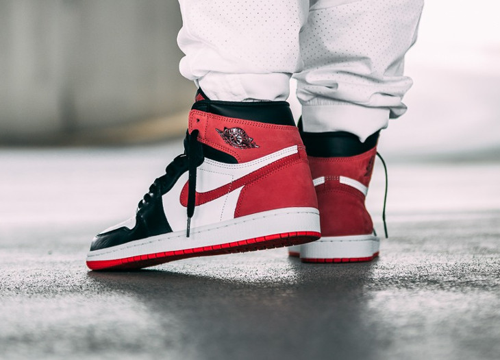 Air Jordan 1 High Retro OG 'Track Red' (Best Hand in The Game)