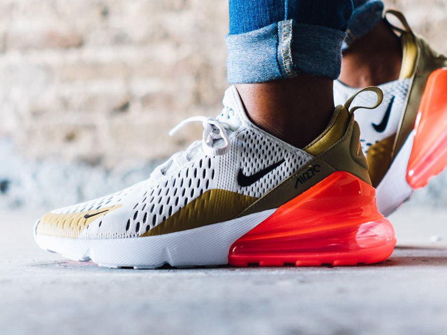 Nike Wmns Air Max 270 'Flight Gold Light Bone'