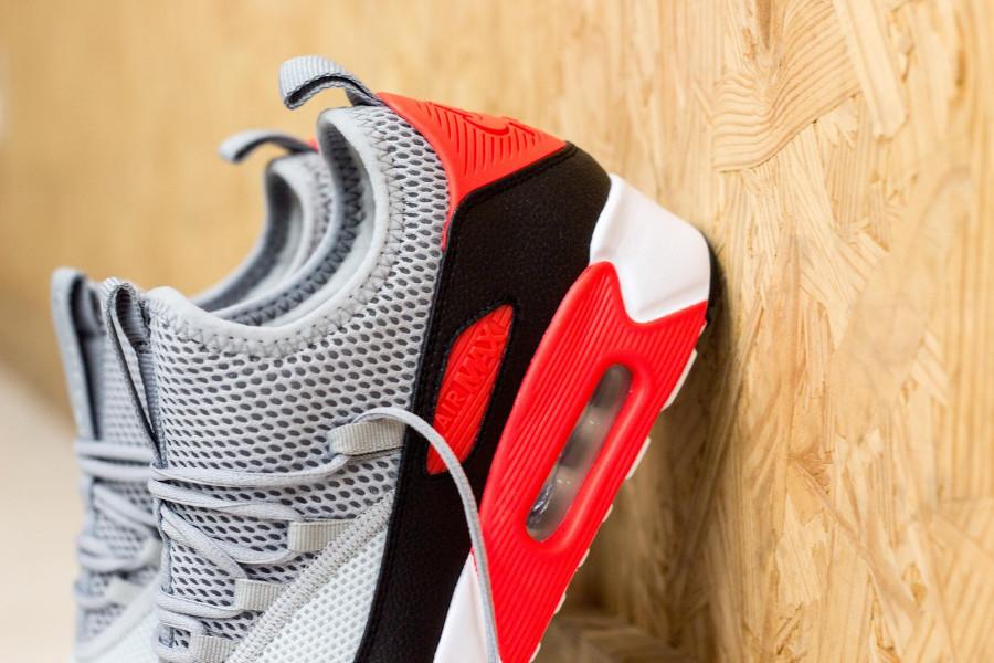 basket-nike-air-max-90-ez-homme-grise-noire-rouge-AO1745-002 (5)