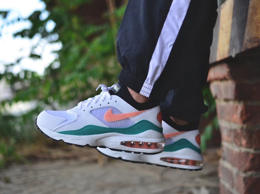 basket-nike-air-max-93-summer-sea-on-feet (1)
