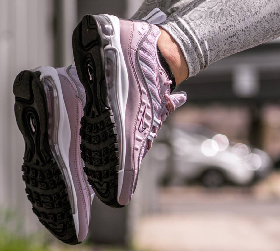 Review] Où trouver la Nike Air Max 98 femme Barely Rose ?