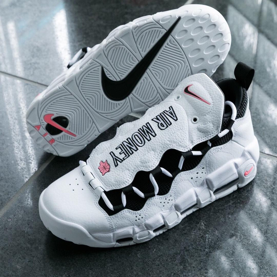 basket-nike-air-more-uptempo-money-blanche-noire-rose-homme (1)