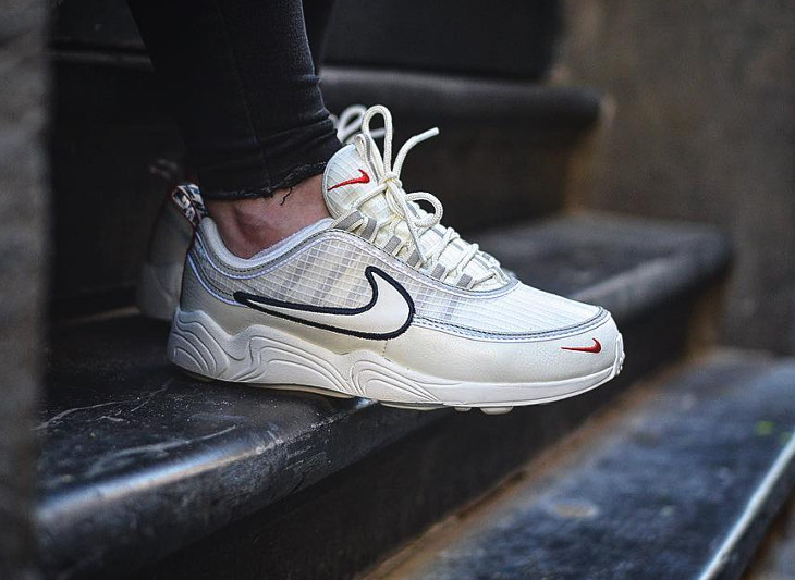review nike air zoom spiridon se pull tab 39 sail red obsidian 39. Black Bedroom Furniture Sets. Home Design Ideas