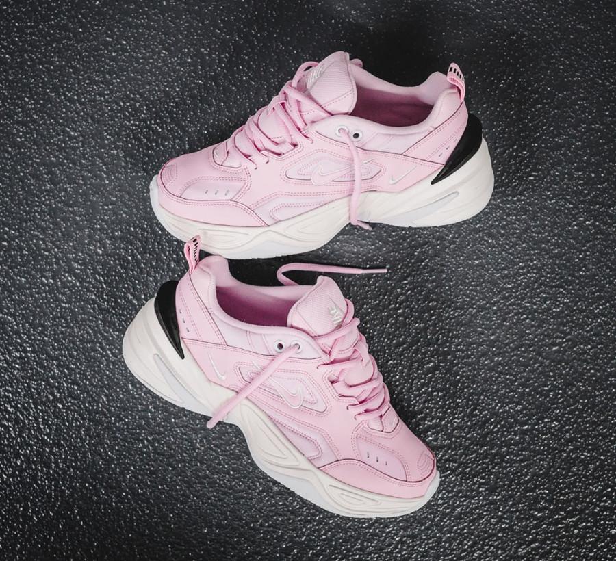 basket-nike-m2k-fille-tecno-daim-rose-grosse-semelle-blanc-cassé (1)