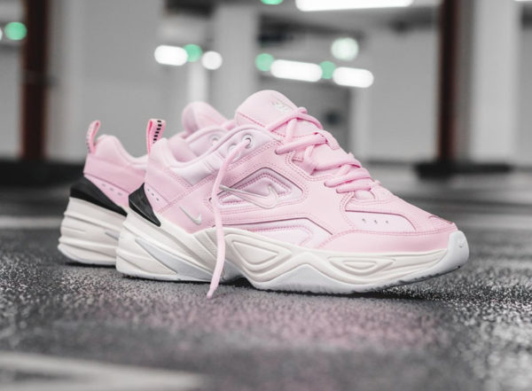 Chaussure Nike M2K Tekno femme Rose Supreme Monarch