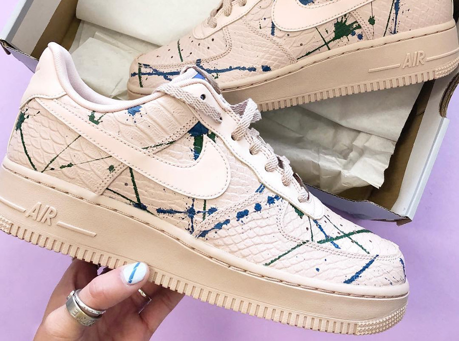 Nike Wmns Air Force 1 '07 LX 'Particle Beige' Snakeskin