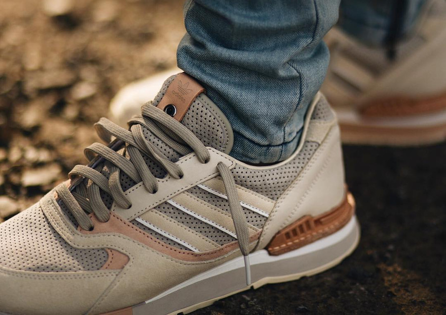 chaussure-solebox-adidas-quesence-on-feet-loadednz