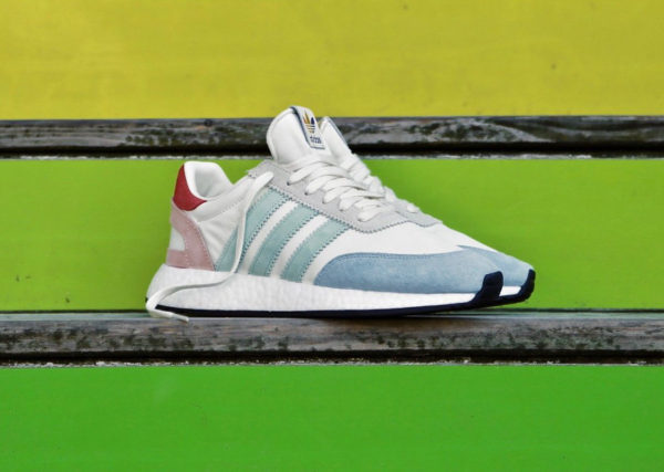chaussure-adidas-i-5923-runner-pride-cream-white-multicolore-better-together-B41984 (4)