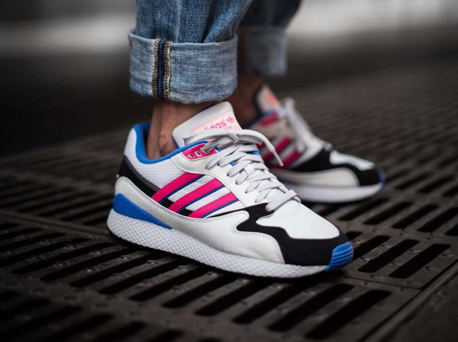 chaussure-adidas-ultra-tech-og-shock-pink-1991-on-feet (2)